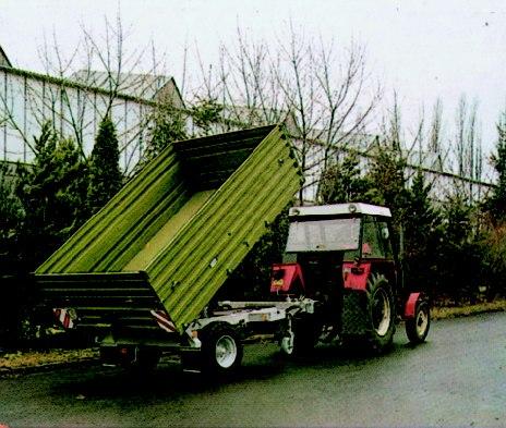 Kup teď Třístranný traktorový sklápěcí návěs NS