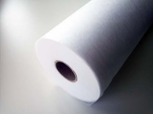 netkaná textilie bílá