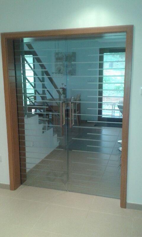 Kup teď Sklo kalené, nábytkové, skleněné dveře, žáruvzdorné sklo