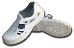 Footwear antistatic