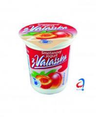 Smetanový jogurt s příchutí