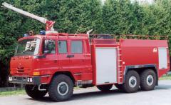 Cisternová automobilová stříkačka CAS 40
