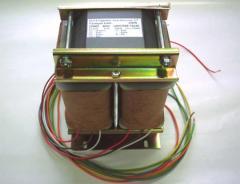 Výstupní transformátory pro elektronkové