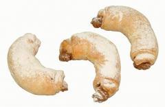 Listové rohlíčky s arašídovou náplní