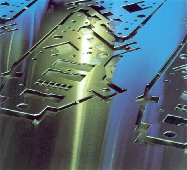 Objednávka CNC zpracování plechu